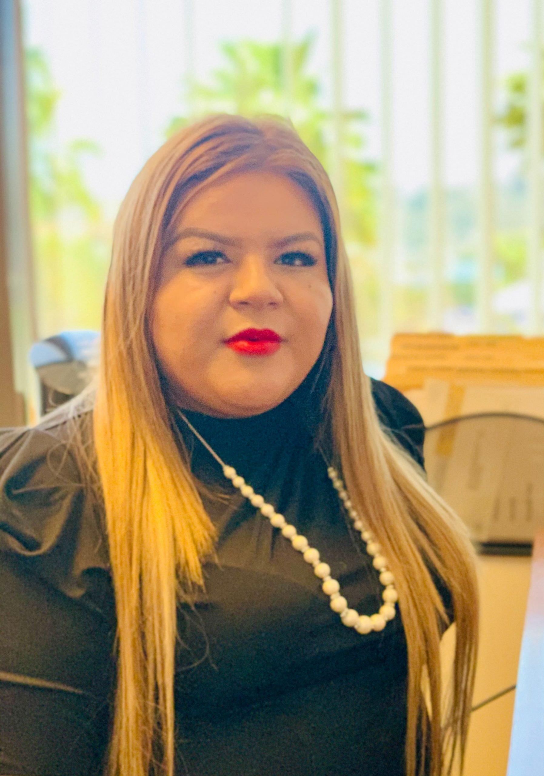 Janet Alvarado bio